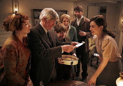 Image 2 for The Guernsey Literary and Potato Peel Pie Society
