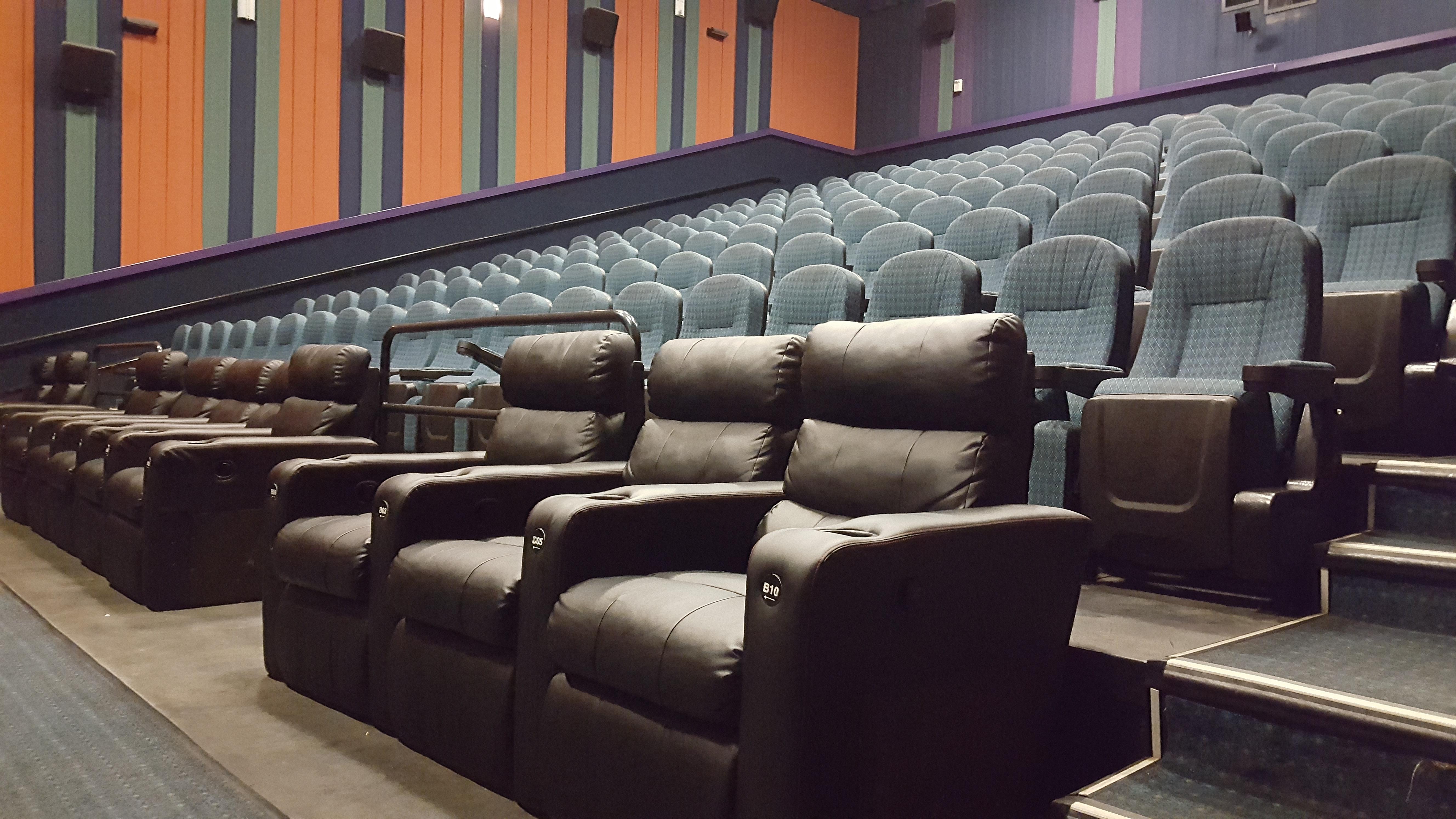Southeast Cinemas Alamance Crossing Stadium 16
