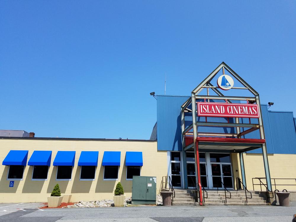Your Neighborhood Theatres | Serving New England | Island Cinemas 10