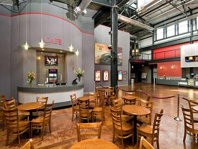 Bowtie Richmond Va >> Movieland At Boulevard Square Bow Tie Cinemas