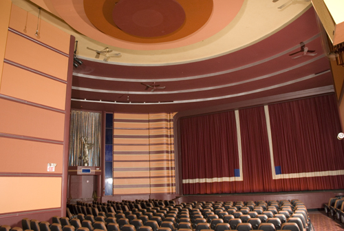 Lake Theatre Screen
